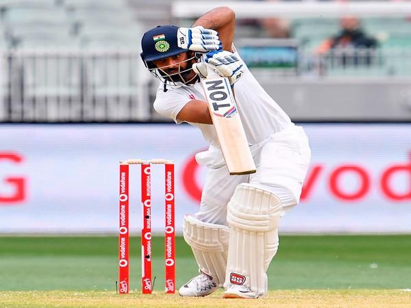 Warwickshire sign Hanuma Vihari, batsman to enter UK from South Africa