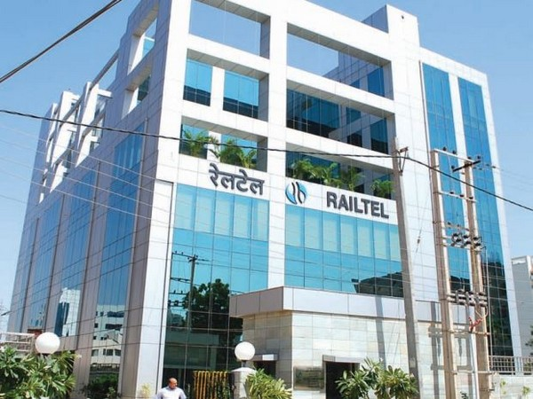 RailTel signs MoU with C-DOT to boost expansion of telecom services