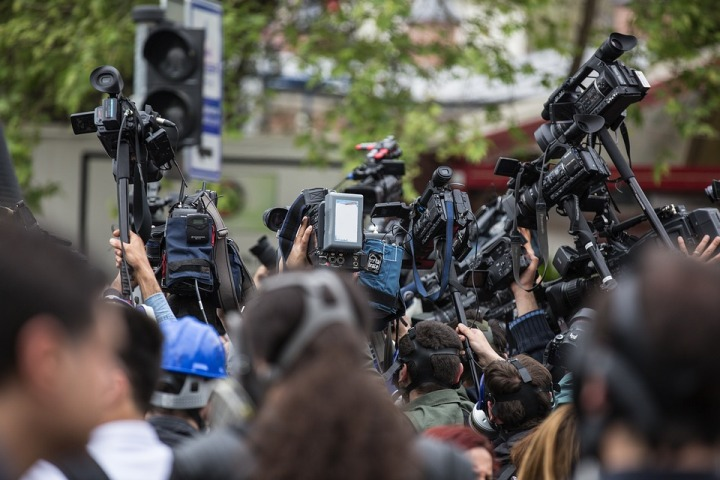 UNESCO analyses directions of AI to strengthen journalism