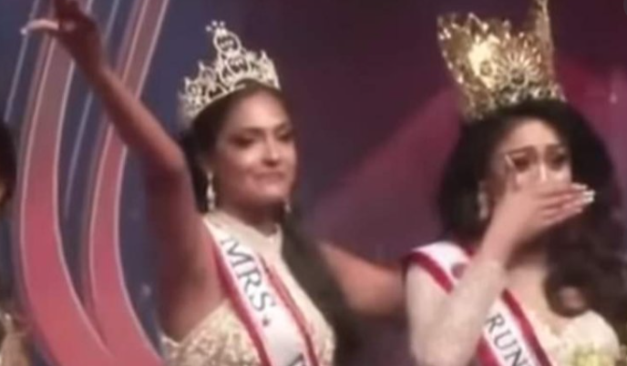 Odd News Roundup: Crowned, de-crowned, crowned again; chaos at Sri Lankan beauty pageant; Digital art gets physical home, buyers in New York gallery and more
