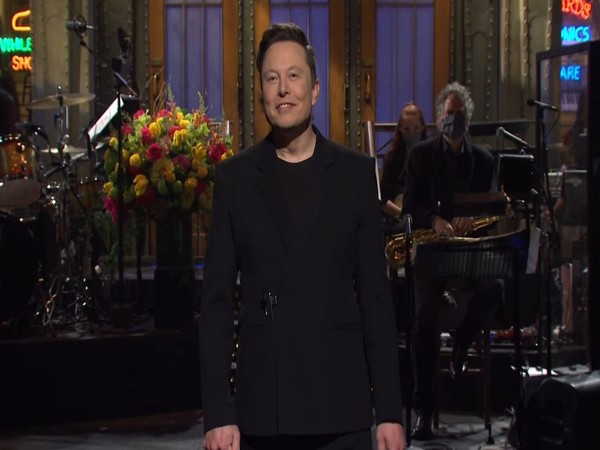 While hosting 'Saturday Night Live', Elon Musk reveals he has Asperger's syndrome