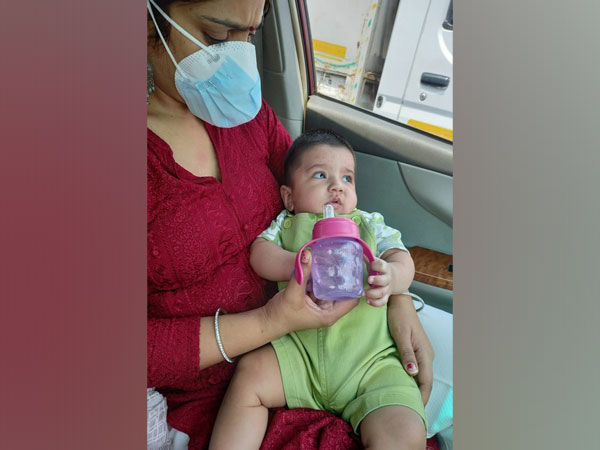 After couple tests Covid positive, Delhi Police Head Constable comes to the rescue of their 6-month-old