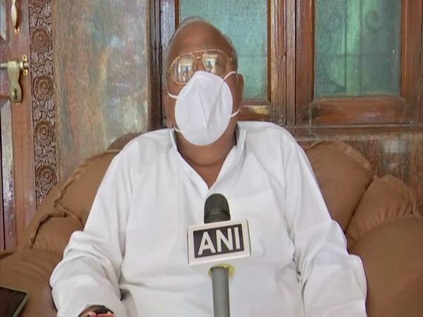 Cong's Hanumantha Rao says Centre failed to control COVID-19, thanks SC for constituting national task force