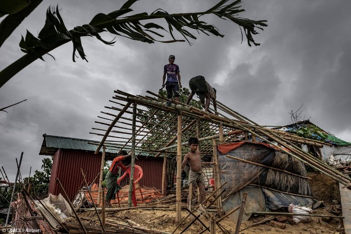 UN food agency racing to stabilize sliding slopes, drainage systems in Bangladesh