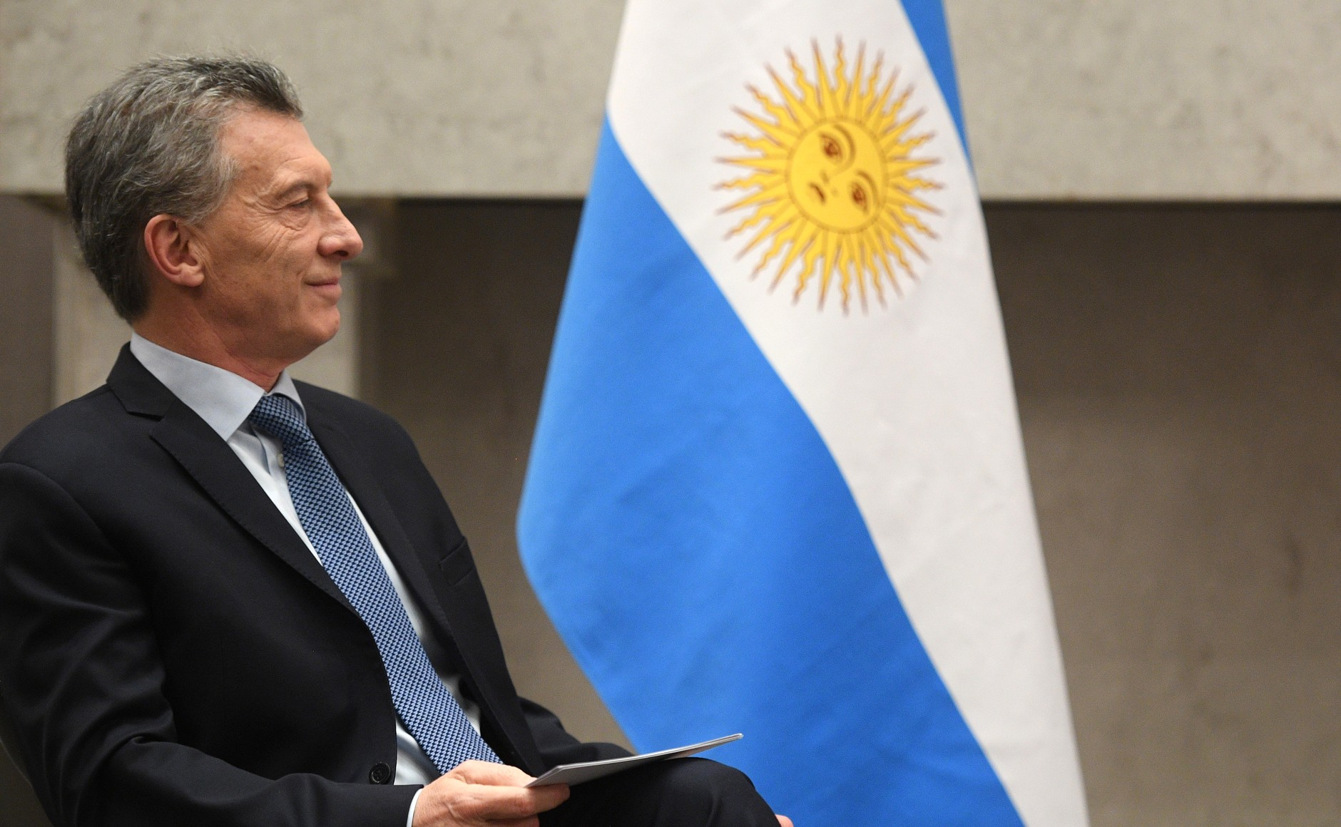 Argentine peso crashes after Macri gets thumped in primary election