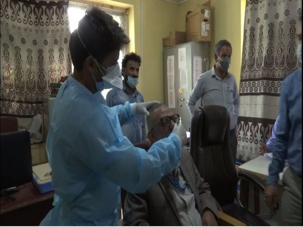 J-K conducts Covid-19 test for government employees under one roof