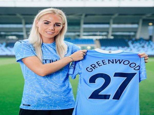 Man City Women sign England defender Alex Greenwood on 3-year deal