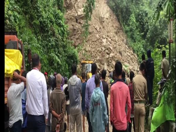 Landslide: Traffic blocked on Shiradi Ghat road