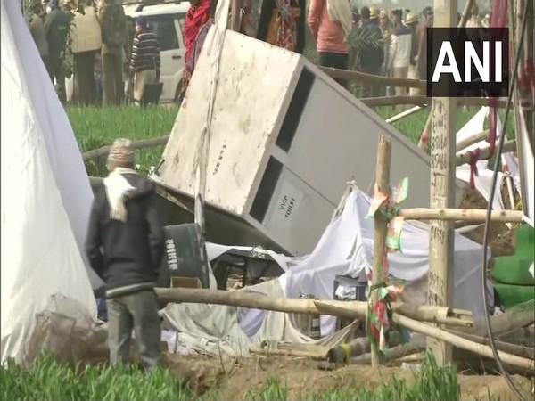 Haryana CM's Kisan Mahapanchayat called off after farmers vandalise venue