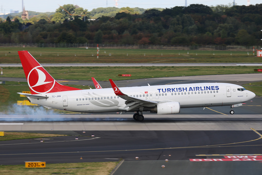 Turkish Airlines extends flight cancellations until May 1