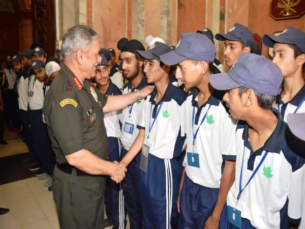 Army Chief General Rawat interacts with Kashmiri students