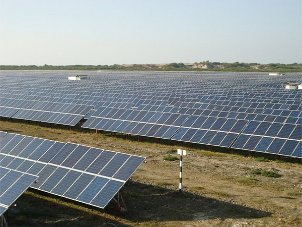 Germany plans stricter measures to reach renewables targets
