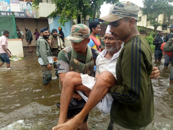 UN chief extends condolences to families of flood victims in India