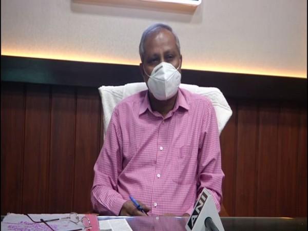 Karnataka: Smugglers decamp with 150 sandalwood trees