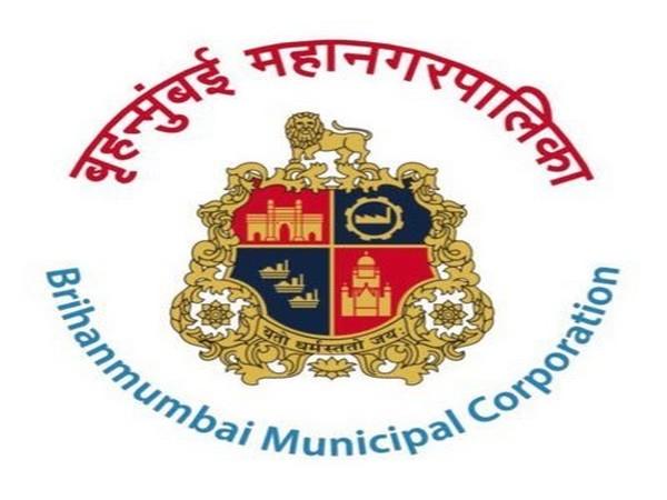 BMC issues show-cause notice to designer Manish Malhotra for 'unauthorised construction'