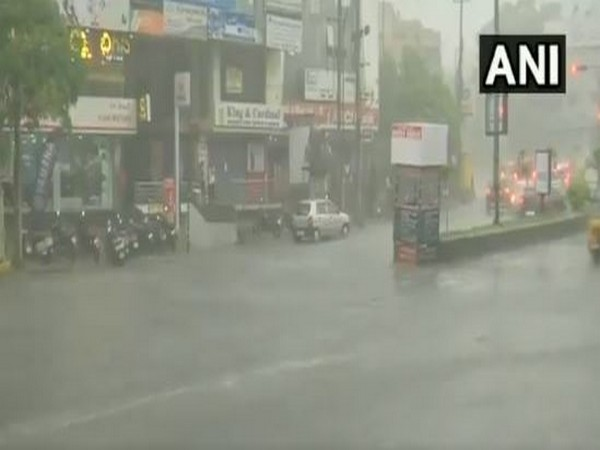 Rain in Mumbai: Two security guards drown in flooded lift