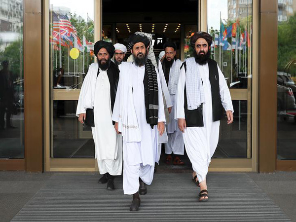 Afghan government selects negotiators for talks with Taliban