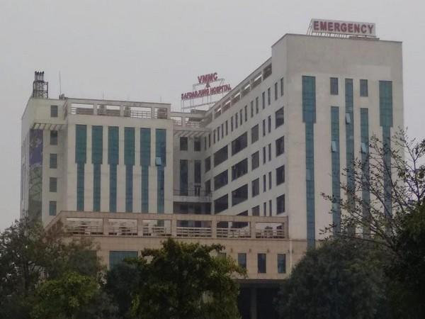 Delhi Nurses Union calls off protest against outsourcing nurses at Safdarjung Hospital