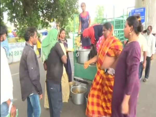 Over 300 needy distributed food by Transgender community on Ganesh Chaturthi in Andhra Pradesh