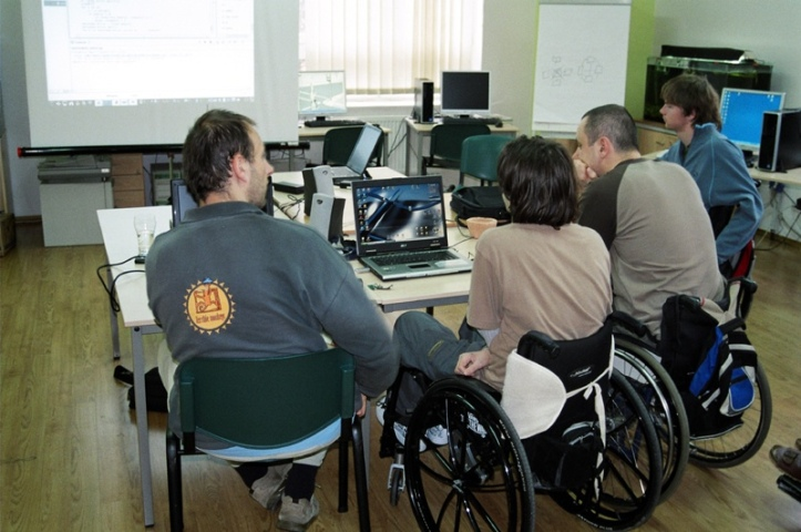 ILO report on digital economy for people with disabilities released