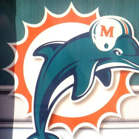 Dolphins pull QB Rosen for Fitzpatrick