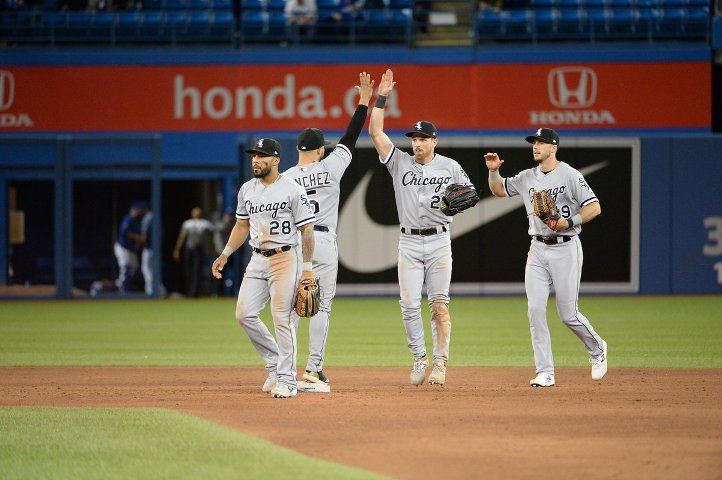White Sox trim Indians in game of late homers