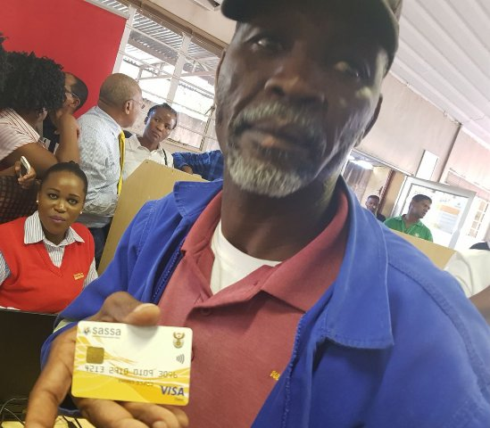 SASSA pays COVID-19 relief grant to at least 100 000 clients