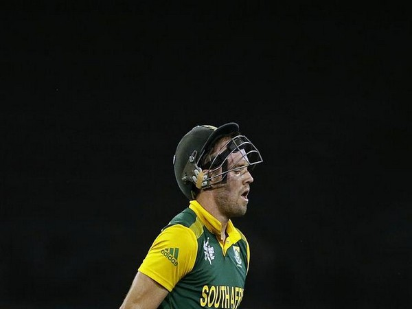 CRICKET-You are the most honest man I know: Kohli supports AB de Villiers