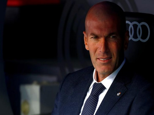 SOCCER-Zidane leaves Real Madrid's training camp citing personal reasons