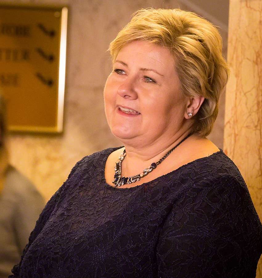Norway PM: Celebrate Christmas and New Year, but 10 guests only