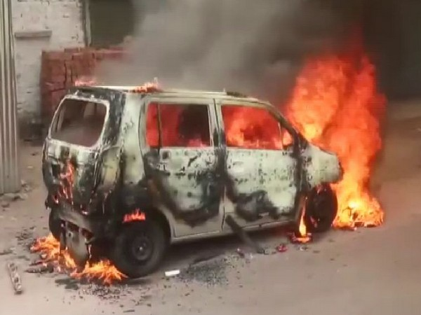 UP: Moving car catches fire, driver safe