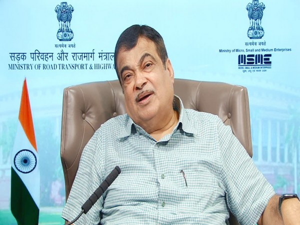 Gadkari calls to format State Water Grid to overcome flood crisis in Mumbai