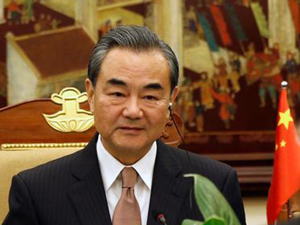 China's Foreign Minister in Cambodia to discuss COVID-19, regional issues