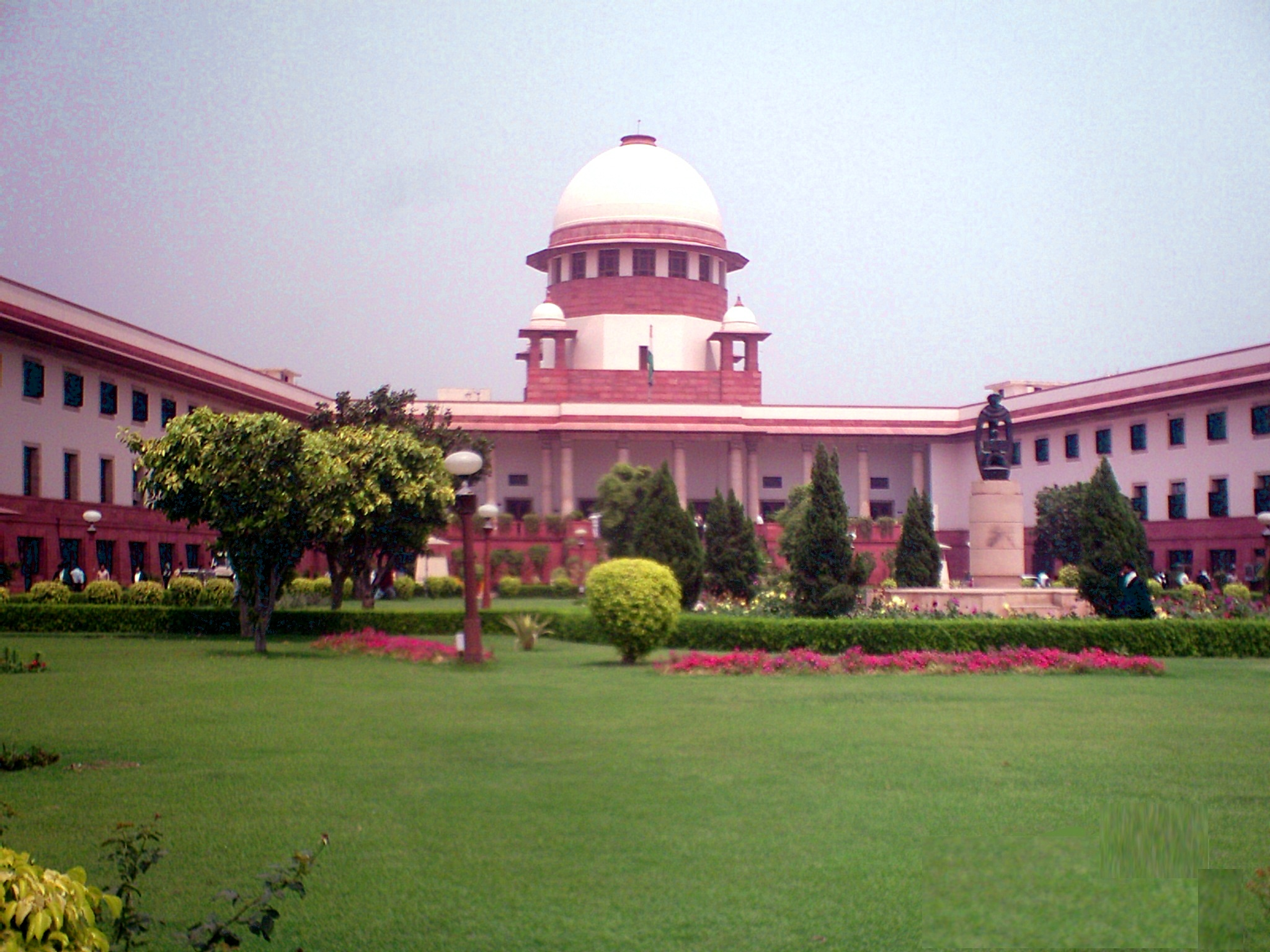 Bofors pay-off case: No Supreme Court hearing on Friday