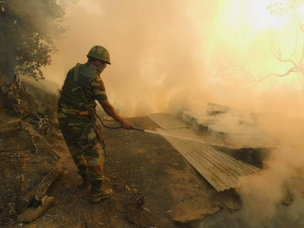 J-K: Indian Army prevents spread of major fire in Kishtwar district