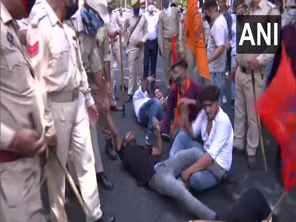 ABVP members detained for protesting against Cluster University of Jammu