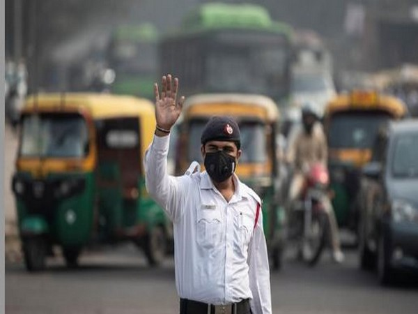 Delhi chokes again as air quality plunges to 'severe'