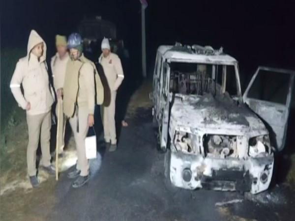 Locals set police vehicle on fire in Uttar Pradesh's Mau