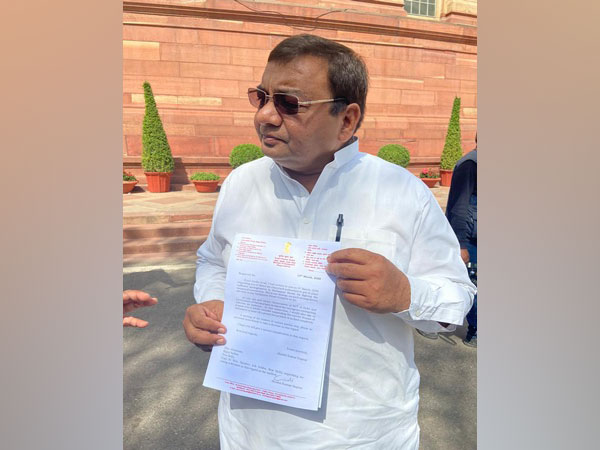 AAP MP writes to chairmen of RS, LS urging for Parliament to be suspended in wake of corona outbreak
