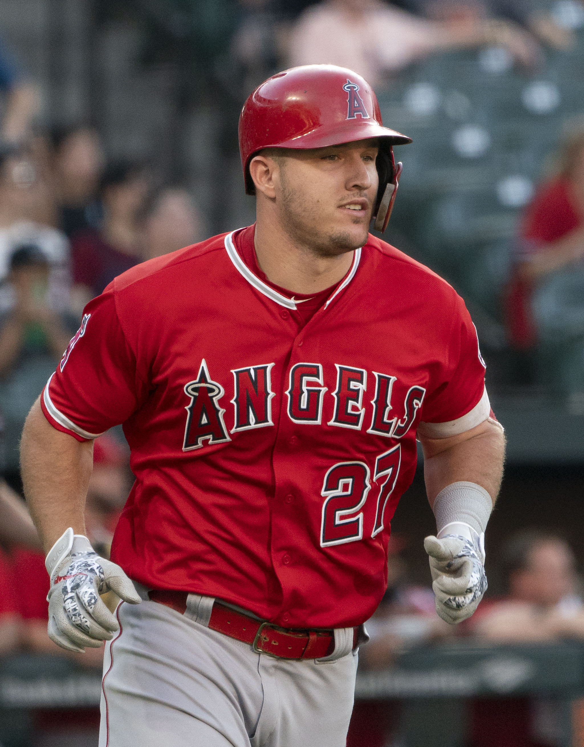 Angels CF Trout scratched as foot woes continue