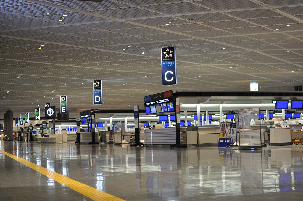 Automated rideables roll at Tokyo airport in social distancing play
