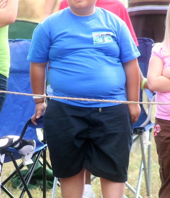 Overweight 4 years old children prone to high blood pressure, reveals study