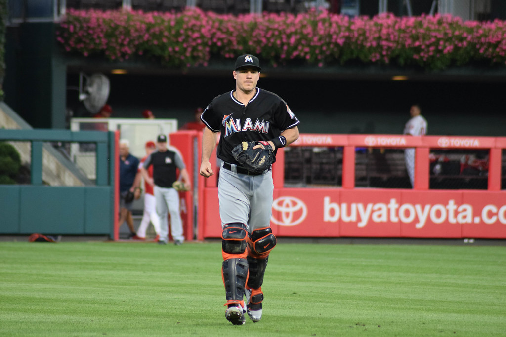 Phillies place C Realmuto on paternity list, call up C Brantly