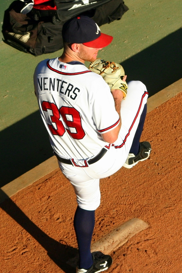 Nationals place LHP Venters on IL with shoulder strain
