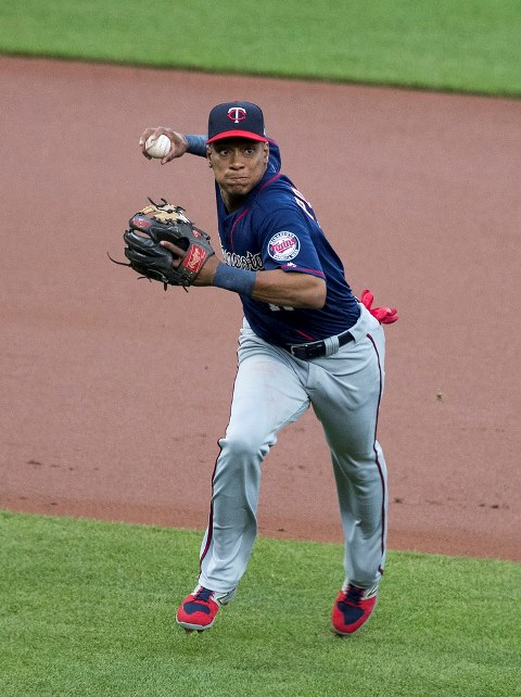 Polanco sparks Twins' rally over Indians, 5-3