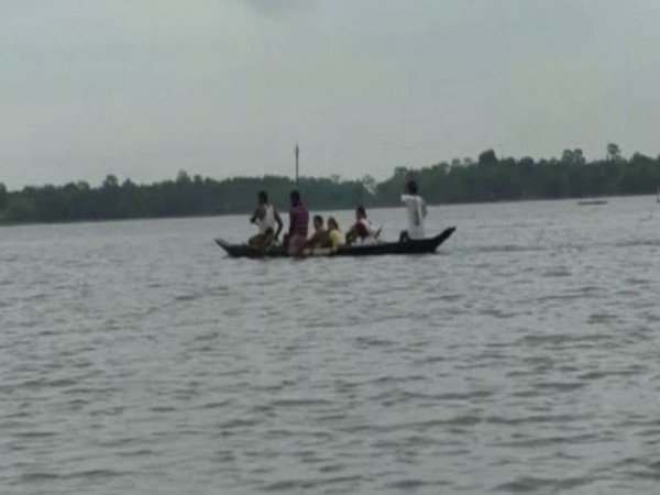 Assam: Villagers continue to migrate to safe places due to flood