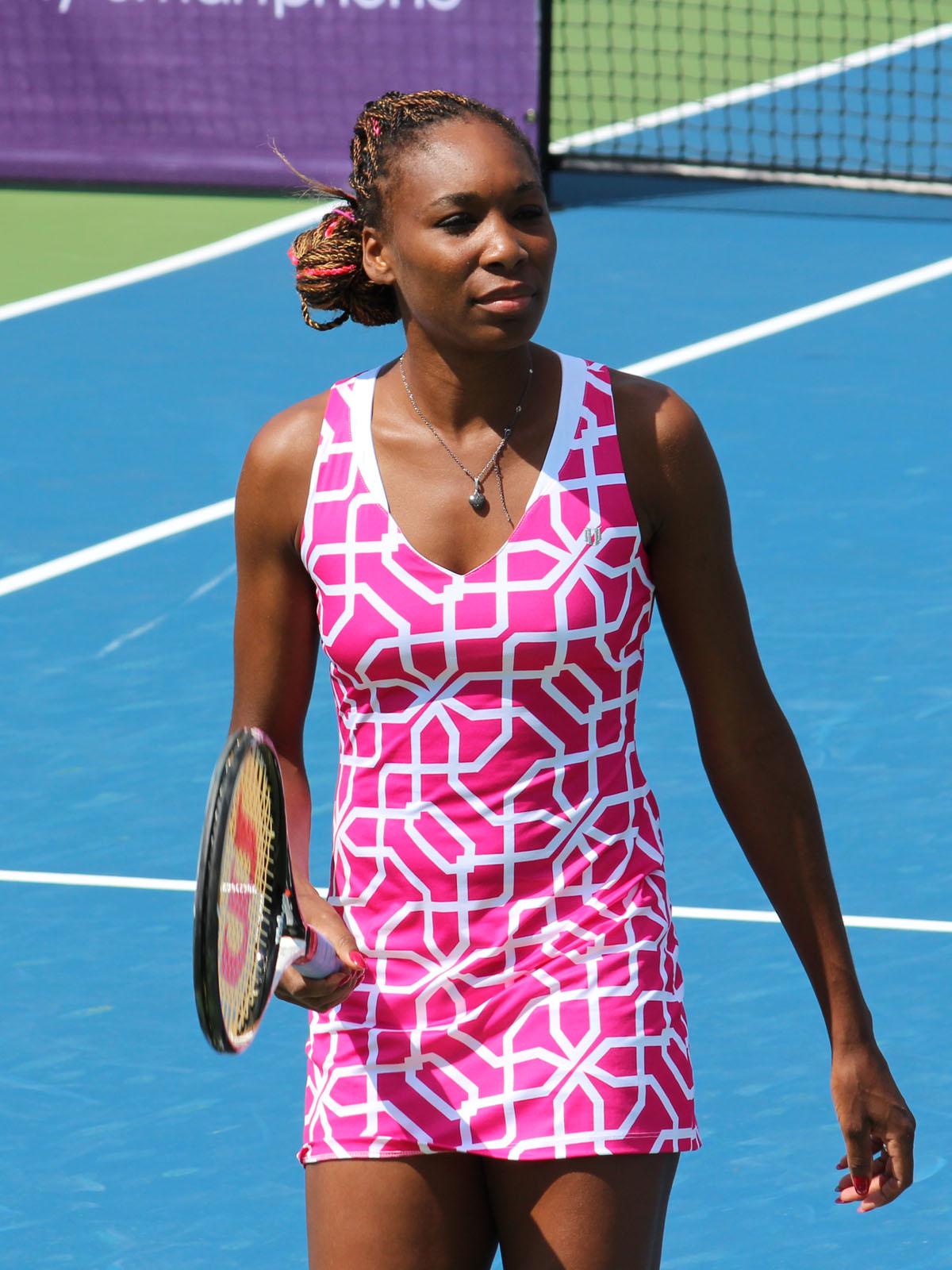 Sports News Roundup: Venus prevails in opening Cincinnati match; Osaka regains No. 1 spot in world rankings