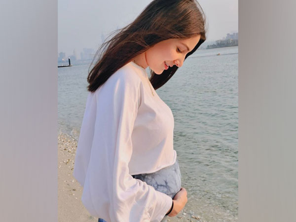 Nothing is more real and humbling: Anushka Sharma shares lovely picture cradling her baby bump