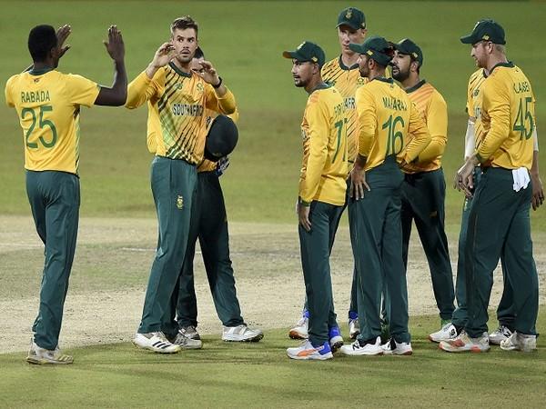 Markram, Shamsi star as South Africa thrash Sri Lanka to clinch T20I series
