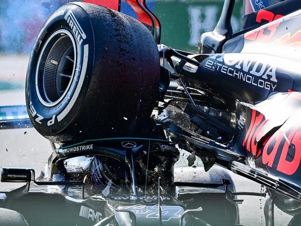 Lewis Hamilton praises halo for 'saving' him in Monza crash